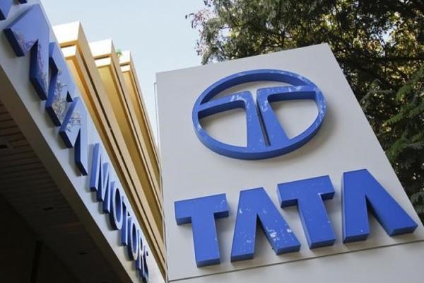 जनवरी से कॉमर्शियल वाहनों की कीमतें बढ़ाएगा टाटा मोटर्स