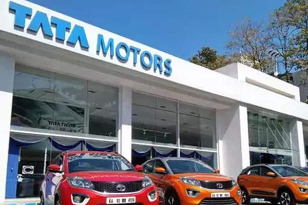 टाटा मोटर्स ने वाहनों की 'डार्क' रेंज पेश की