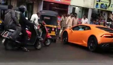 Lamborghini Huracan: बच्चों के खेलने की चीज नहीं है ....
