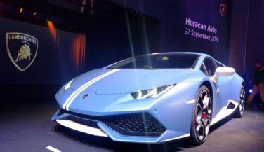 Lamborghini Huracan Avio Launched in India, only 250 Cars for Sell, have a look - Sports Car News in Hindi