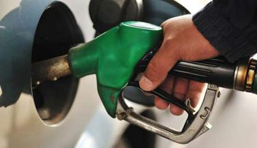 Petrol price hiked by Rs 13 paise per litre and Diesel cut by Rs 12 paise per litre - Standard Bike News in Hindi