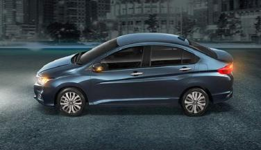 In 2005, the second generation Honda City was launched with the same name. - Economy Car News in Hindi
