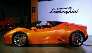Lamborghini ने उतारी Huracan RWD Spyder स्पोर्ट्स कार