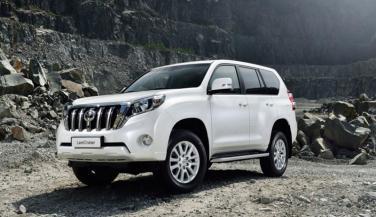Toyota ने लाॅन्च की Land Cruiser Invincible X, कीमत जानें