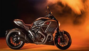 कुछ खास है Ducati Diavel की यह बाइक, मिलेगी केवल 666 यूनिट