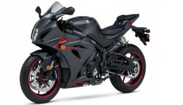 Suzuki ने उतारी 2 नई स्पोर्ट्स मोटरसाइकिलें, देखें उनकी स्पीड