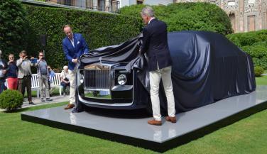 यह है Rolls-Royce की 80 करोड़ रूपए की कार