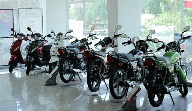 जीएसटी इफेक्ट : कारों के बाद अब घटे मोटरसाइकिलों के दाम