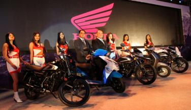 Honda Motorcycle & Scooters two-wheeler sales have risen 4 percent in the past month ... - Standard Bike News in Hindi