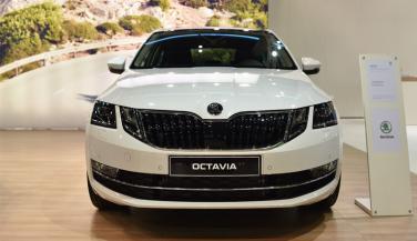 पहले से नए अंदाज में आ सकती है 2017-Skoda Octavia