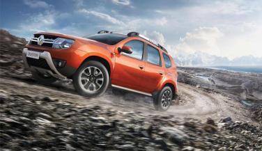 Renault Duster पर मिल रहा है 2 लाख से ज्यादा का डिस्कांउट लेकिन …