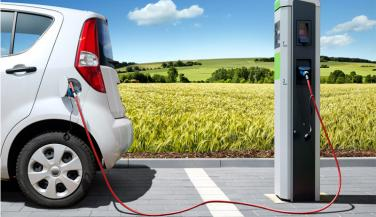 सरकार के एक कदम से बढ़ सकता है इलेक्ट्रिक वाहनों का कारोबार
