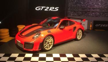 Porsche 911 GT2 RS भारत में लॉन्च, प्राइस जान रह जाएंगे हैरान