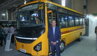 Force Motors launches Traveler Monobus - Trucks News in Hindi