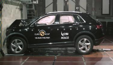 यूरो एनसीएपी क्रैश टेस्ट में न्यू जनरेशन Audi Q3 को मिले 5 स्टार