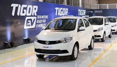 टाटा मोटर्स ने इवी की कीमतें 80,000 रुपये तक घटाई