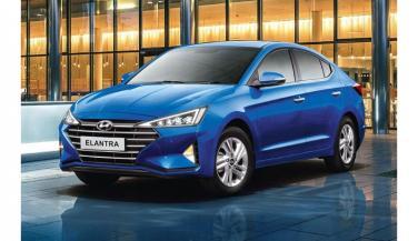Hyundai India ने लॉन्च की Elantra Facelift, 3 Variants में अवलेबल, कीमत...