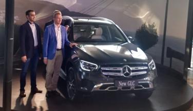 Mercedes Benz ने भारत में लॉन्च की GLC-Class Facelift, ये है कीमत और फीचर्स