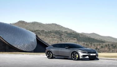 एक बार चार्ज करने पर 500 किलोमीटर चल सकती है किआ की इलेक्ट्रिक कार
