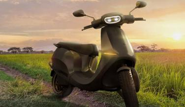 Ola scooter receives 100K bookings in a day