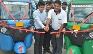 Bajaj ने उतारा C Mini Truck का CNG वेरिएंट