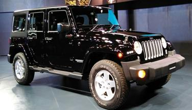 Auto Expo 2016 : Jeep ने Wrangler व Grand Cherokee को किया Officially Unveil