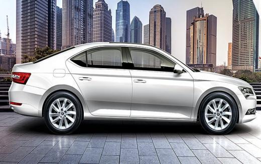 2019 Skoda Superb Corporate Edition भारत में लॉन्च, कीमत...